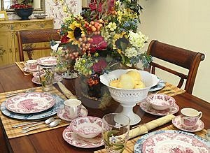 country decor dining table
